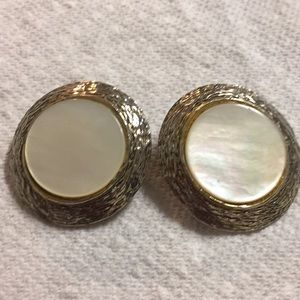 Mother of pearl round vintage clip earrings